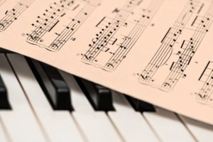Teaching Your Child Music with The Alesis V25